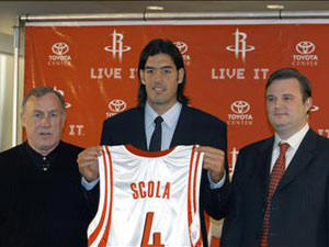Luis Scola presentado en Houston Rockets