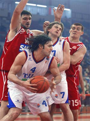 LUIS SCOLA OLYMPIACOS