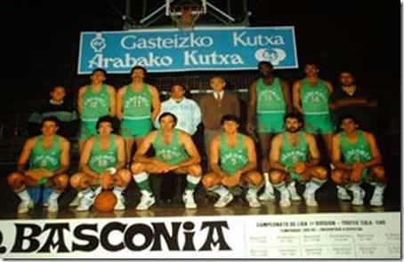 Baskonia82-83